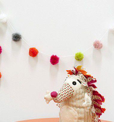 Fast and easy pom pom girland // Pompon füzér gyorsan és egyszerűen // Mindy - craft & DIY tutorial collection
