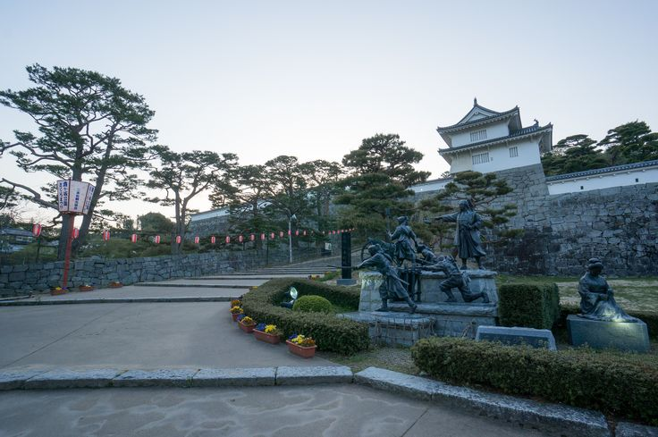 https://flic.kr/p/ntxGBs | Nihonmatsu Castle | Nihonmatsu castle 二本松城 It's famous that Nihommatsu Boys Brigade fight to protect a castle in the case of Boshin war (1868, End of Edo period). Although it has surrendered in half a day, it will hand down his war experiences from generation to generation. ここは戊辰戦争の際、二本松少年隊が城を守るために戦った事で有名です。 半日で落城してしまったけど、彼らの勇姿はずっと語り継がれて行く事でしょう。 Nihonmatsu city, Fukushima pref, Japan