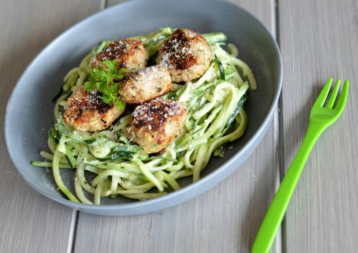 På tide med litt middagsinspirasjon på bloggen igjen også. Vi kan jo ikke bare spise søtsa...