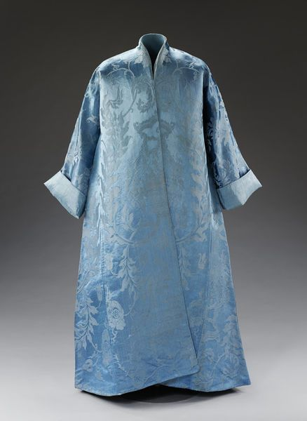 Banyan, silk damask woven in China for export, made up in Europe, possibly in Britain or the Netherlands, 1720-1750 (made)