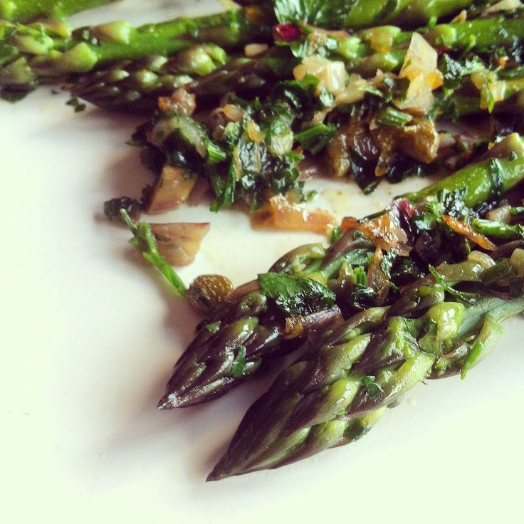 Another contribution to the ongoing seasonal series of, 'It's spring, so asparagus with everything until I never want to eat it again (until next spring)'. Asparagus in browned bu…