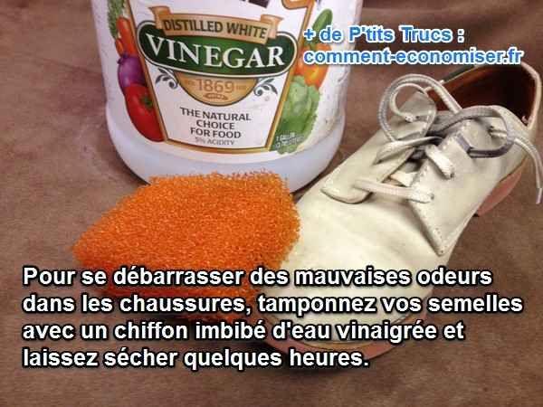 Vous cherchez une astuce pour se débarrasser des mauvaises odeurs dans vos chaussures ?  Découvrez l'astuce ici : http://www.comment-economiser.fr/eliminer-odeurs-dans-les-chaussures.html?utm_content=buffer12225&utm_medium=social&utm_source=pinterest.com&utm_campaign=buffer