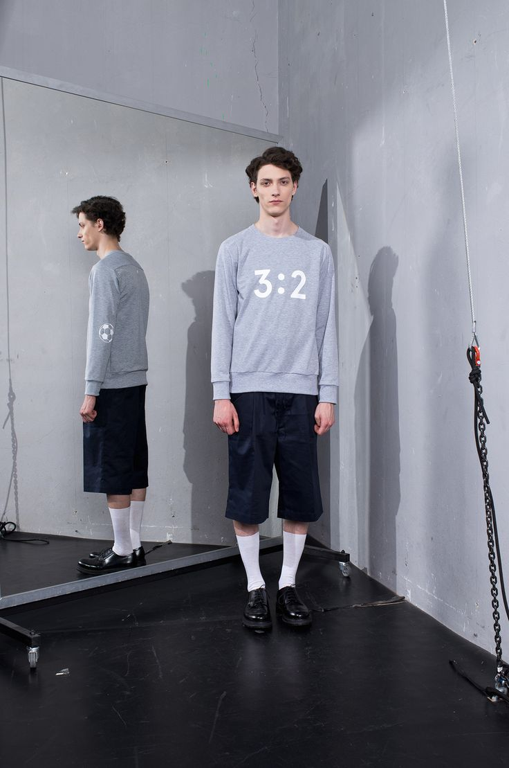 MEI KAWA | 3:2 Graphic Grey Sweatshirt