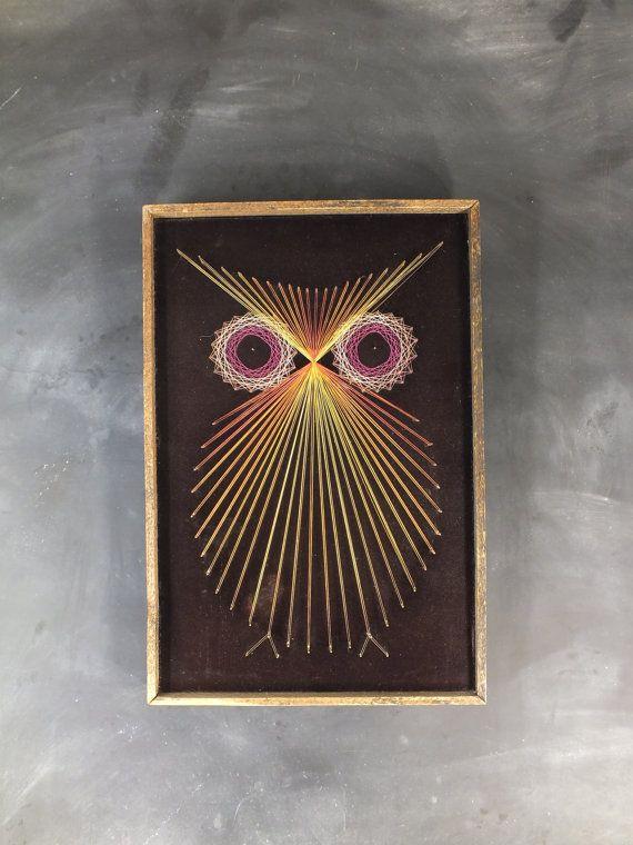 Fantastic vintage Big Eyed Framed String Art Owl Wall Hanging // Rustic Rough Wood Frame
