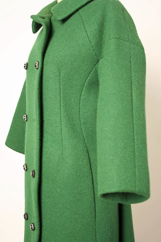 Coat.  House of Balenciaga  (French, founded 1937).  Designer: Cristobal Balenciaga (Spanish, 1895–1972). Date: 1955–59. Culture: French. Medium: wool. Dimensions: Length at CB: 44 in. (111.8 cm).