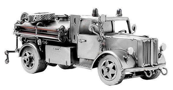 Modellauto Feuerwehr LKW Modell aus Metall . Feuerwehr - LKW aus der Schraubenmännchen-Serie  Dieses Feuerwehrauto ist eine Geschenkidee für