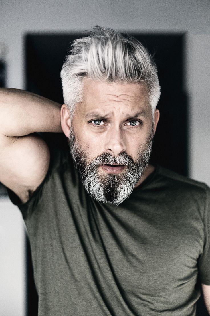 Modell schwedische graue Haare Silverfox Herren Bart