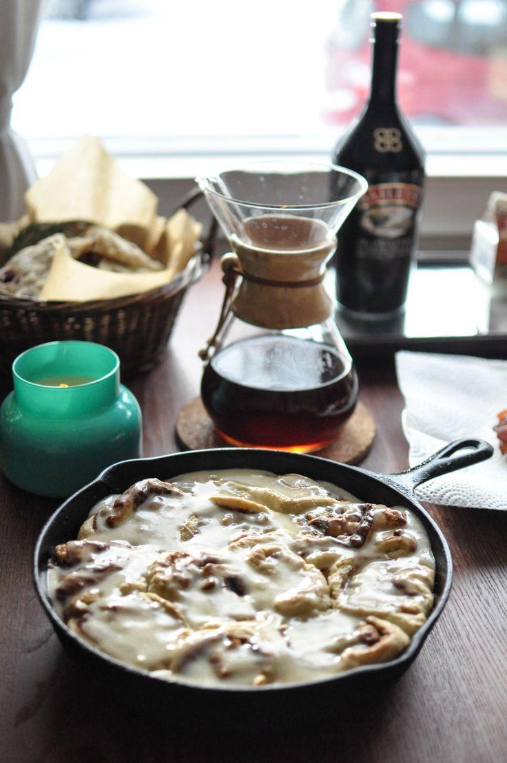 ... cinnamon buns   Food & drinks   Pinterest   White Chocolate, Buns and