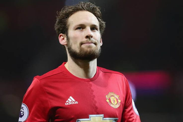 Manchester United news: Daley Blind speaks out on trophy hopes