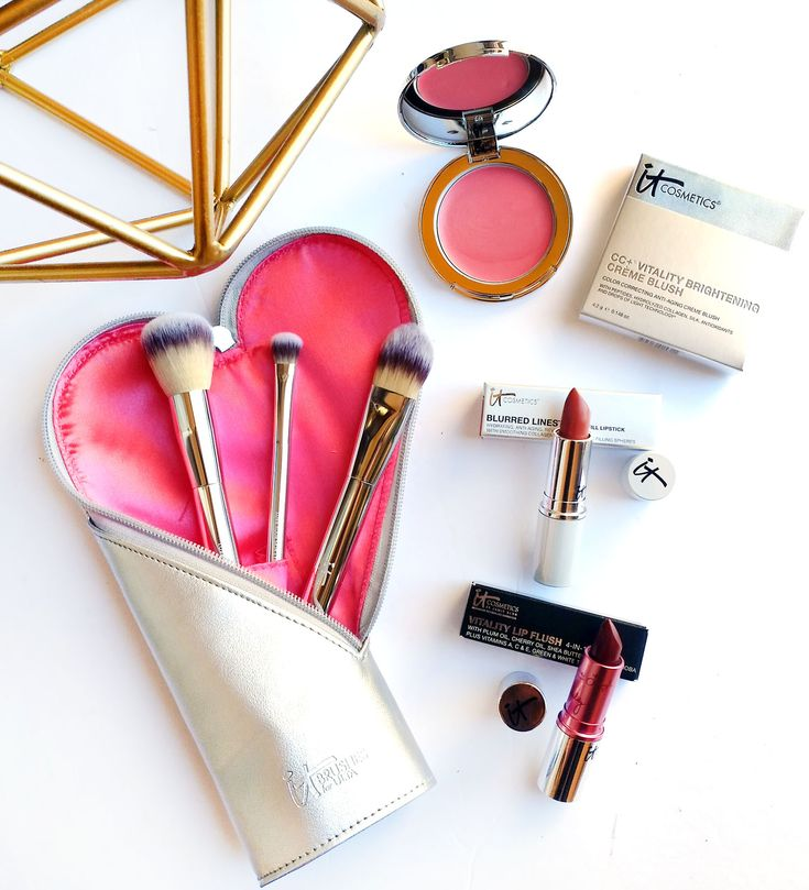 It Cosmetics Giveaway Beauty Blogger