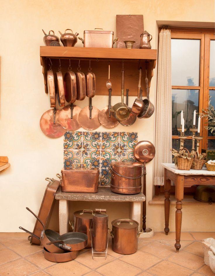 1000 id es propos de cuisine en cuivre sur pinterest viers de cuisine en cuivre pots de. Black Bedroom Furniture Sets. Home Design Ideas
