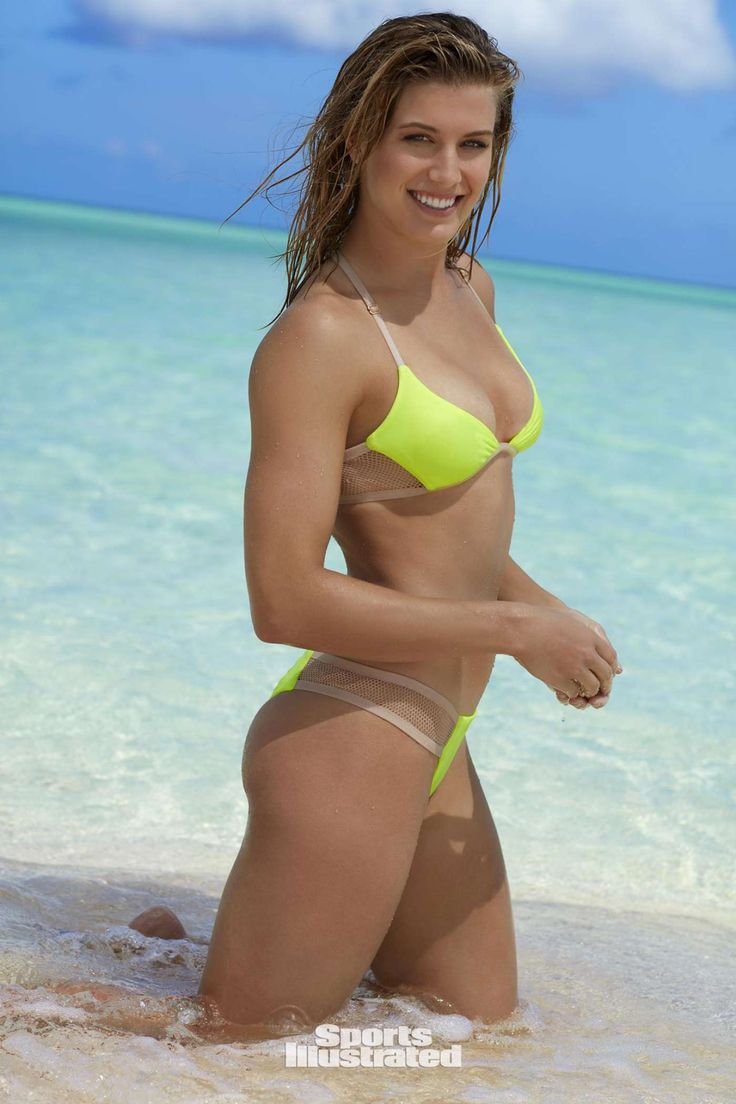 Eugenie-Bouchard:-Sports-Illustrated-Swimsuit-2017--12.jpg (1400×2100)