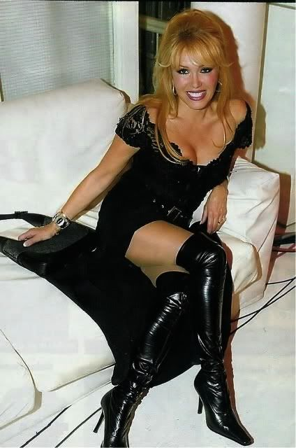 neon milf personals Join free and find hot milfs looking for casual sex, webcam chat and erotic email.