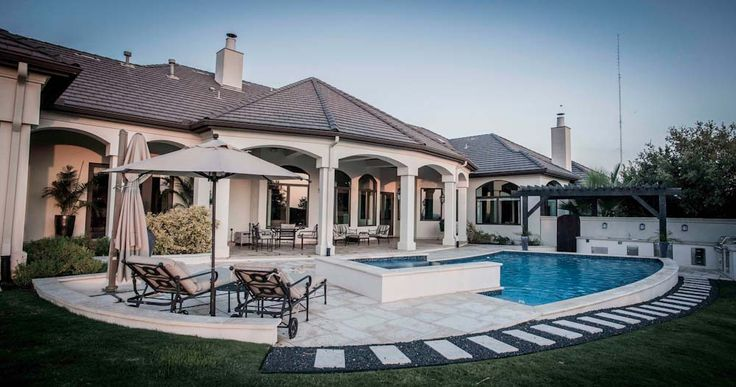 Cascade Custom Pools Offers All The Special Options You Would Expect From A Custom  Pool Builder