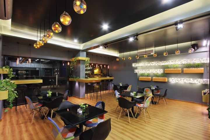 freshco the health cafe by the crossboundaries vadodara india a retail design blog