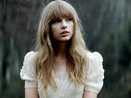 Taylor Swift in her new video for Hunger Games Soundtrack