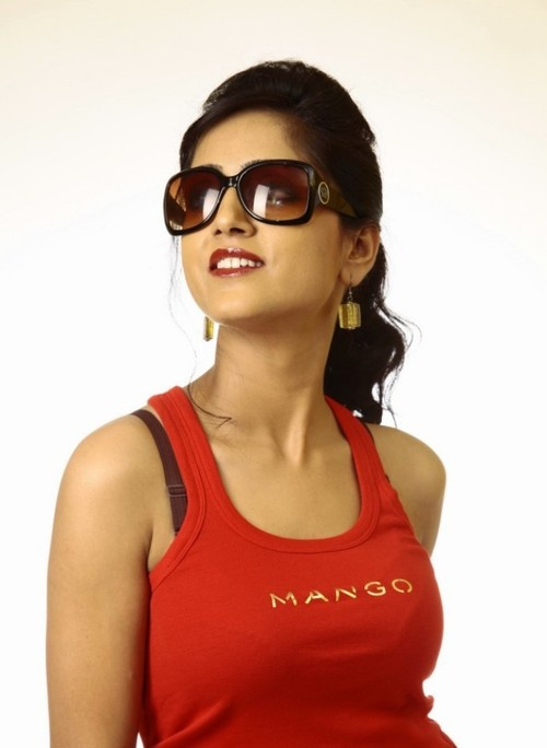 Divya Singh Hot Photoshoot - April 19, 2013