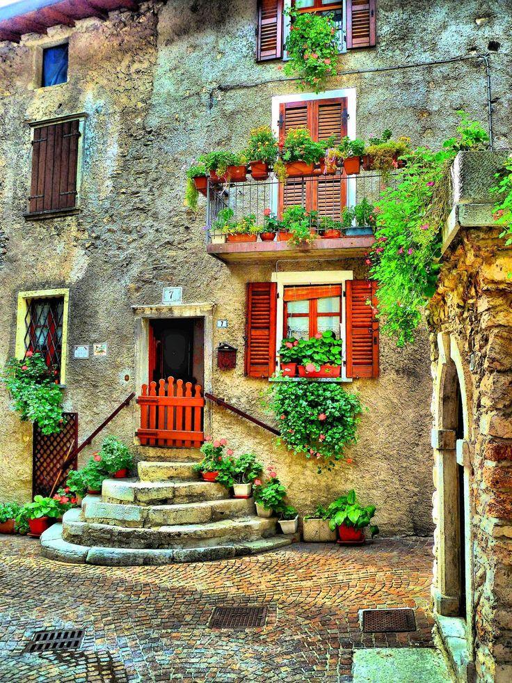 Piève ~ Lago di Garda