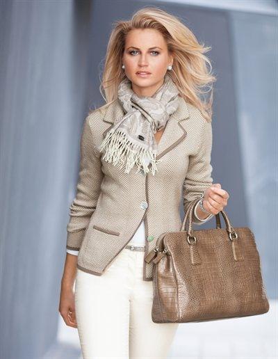 Le blazer, L'écharpe FRAAS, Le sac business