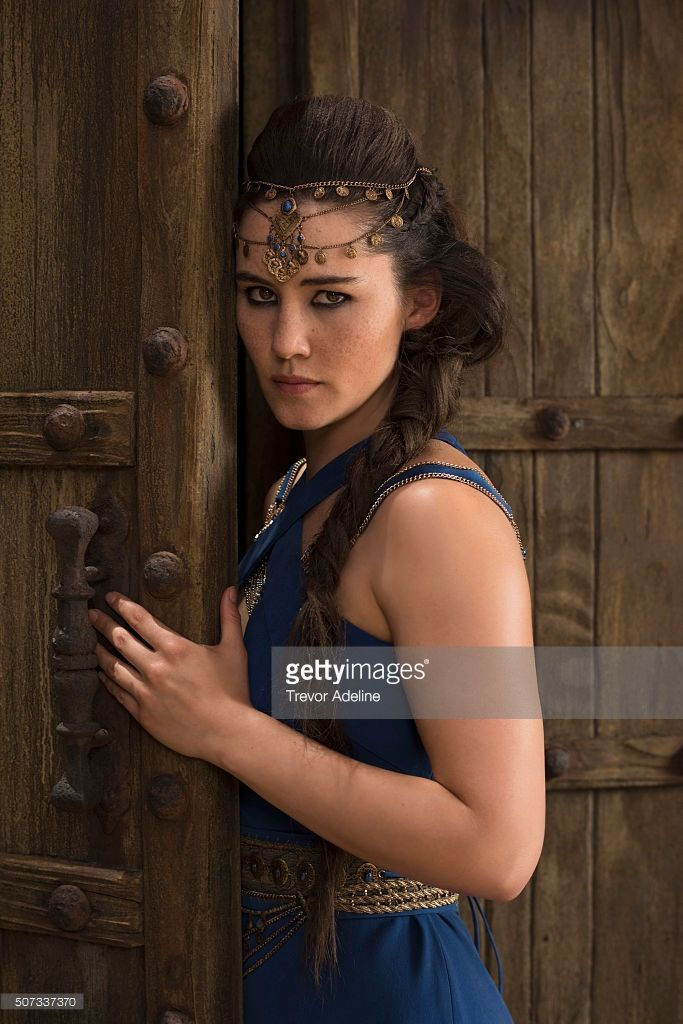 s-of-kings-prophets-stars-christina-chong-as-rizpah-picture-id507337370 (683×1024)