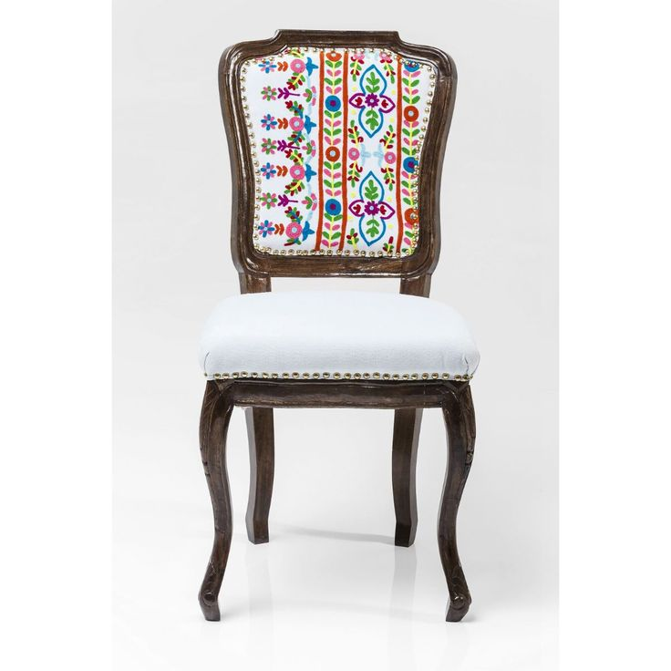 Καρέκλα Lotta  Μια ιδιαίτερη πολυθρόνα διαχρονική και μοναδική.Διατίθεται και χωρίς μπράτσο.  €520