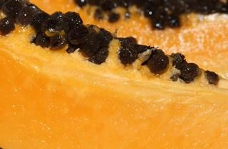 Foods We Love: Papayas