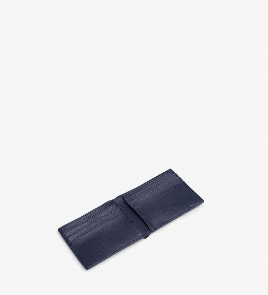 http://mattandnat.com/shop/men-s/wallets/rubben-midnight