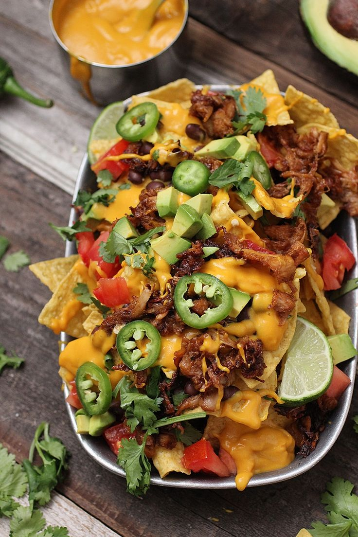 Vegan Nachos with Barbecue Jackfruit  Simple Healthy Recipe for Vegan Nachos!
