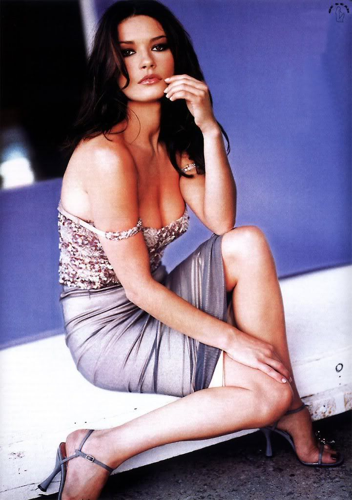 Catherine Zeta Jones Gorgeous Heroine Inspiration