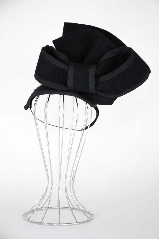 NWT  May Roberts  Black Felt Headpiece with Bow detail - Spring Racing Wedding