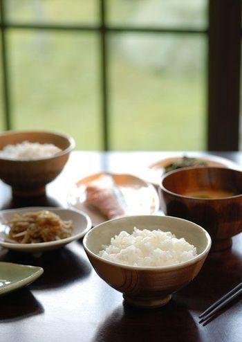 バランス良い食事の基本は「一汁三菜」。そう、昔ながらの日本の食卓がお手本です。