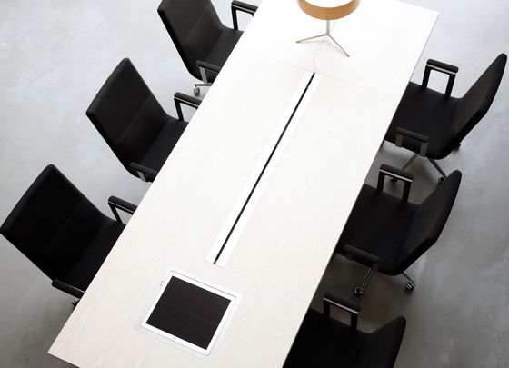 Task chairs | Office chairs | Basso M without armrest | Inno. Check it out on Architonic