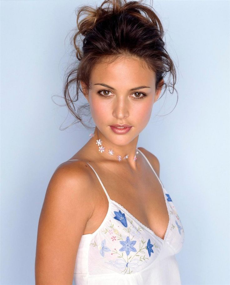 Iconic 90s model Josie Maran.