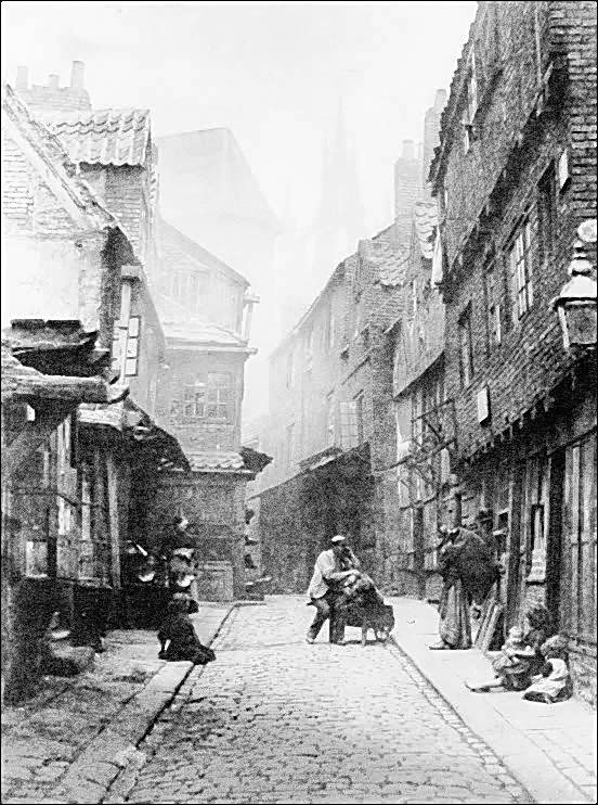 East End Photographs and Drawings - Page 46 - Casebook Forums - Maybe Spitalfields  Street, London's East End? Unfortunately there's no date or definite location, but it's an amazing photo, like something out of a Dickens' novel!