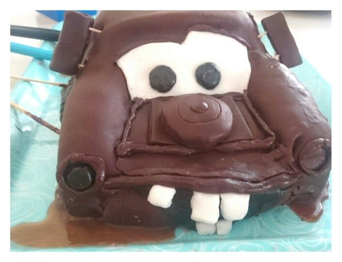 Tow Mater cake and the next day oil spill :-)