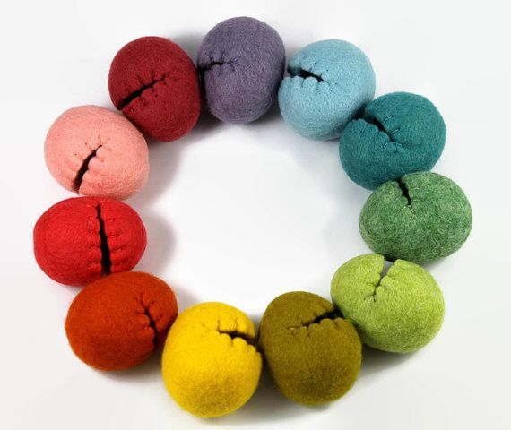 Look at these reusable Felted Easter Eggs in Rainbow Colors! Aren't they adorable? They are Hollow Easter Eggs. Would be perfect for an easter basket for children or Easter Decorations for your home. Affiliate link: http://tidd.ly/83ec08e6