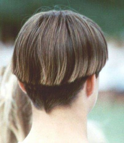 Best 25 Wedge Haircut Ideas On Pinterest Short Bob