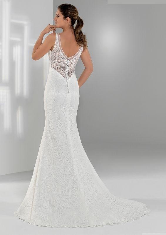 845bb16a6b5 Robe de mariée longue dentelle ancienne ajourée