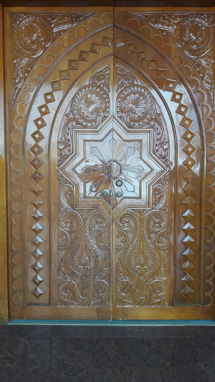 Entrada principal de la mesquita en Maicao