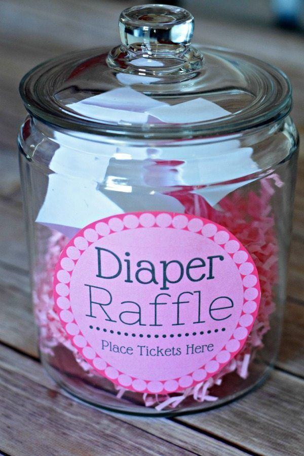 Diaper raffle idea for a baby shower! Such a cute baby shower game!