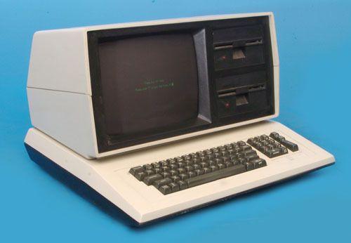 Eagle II Zilog Z80 4MHz CP/M Vintage Desktop Computer.