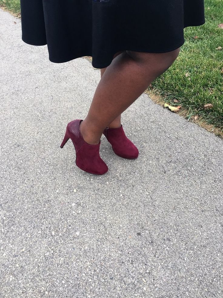 fall trends-burgundy booties-www.thebrazencloset.com