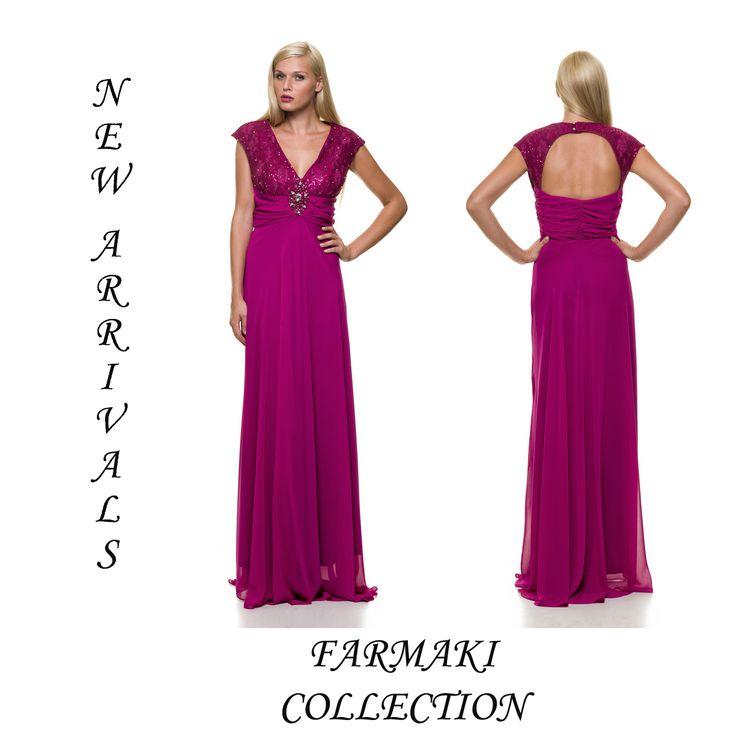 Φόρεμα μακρύ, στο κορσάζ δαντέλα κεντημένη, αμπίρ, άλφα γραμμή. Ύφασμα δαντέλα με μουσελίνα.
