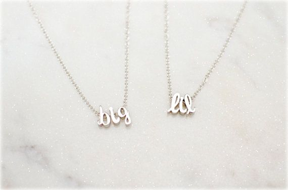 ✢ Understated and on trend, this sorority Big and Little necklace set makes the perfect gift for an initiation or reveal basket! Purchase of this item will include ✢ - (2) necklaces of your metal choice with big and lil in tiny initials  ***PLEASE NOTE: The rose gold necklace can NOT be made adjustable - I can only make them 16 or 18. Please select a non-adjustable length for rose gold!   The initials are 14K gold plated over brass, sterling silver rose gold plated over rhodium, and rose…