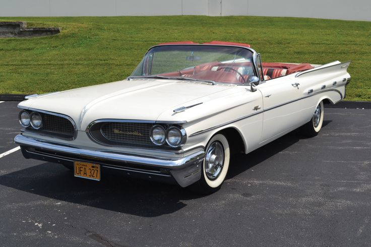 A trio of early Pontiac Bonnevilles heads to auction in Au | Hemmings Daily