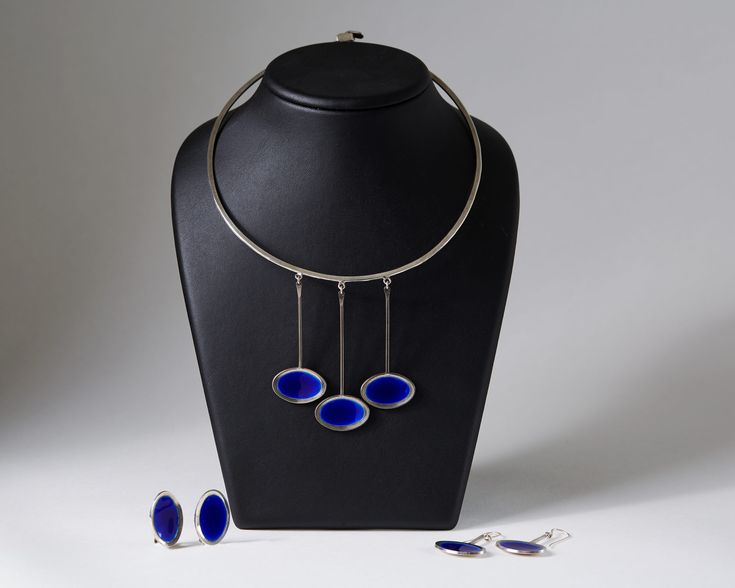 Necklace and two pairs of earrings designed by Gine Sommerfeldt for J. Tostrup, — Modernity