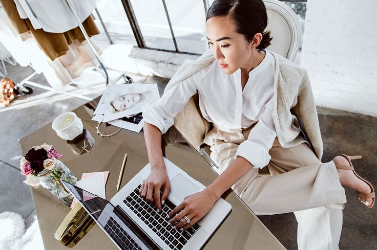 Feel like there's never enough time in the day to get everything done? These 5 time management techniques will help you maximise your productivity.