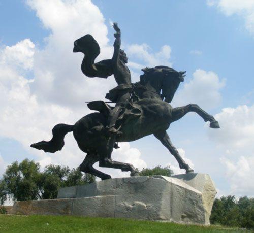 Суворов Александр Васильевич. Памятник А.В. Суворову в Тернополе