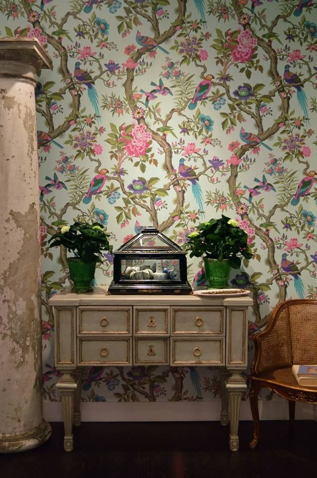 Folie Fontainebleau wallpaper by Cole and Son in our pop up showroom at Deco Off Paris.