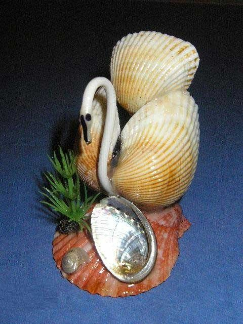 10 best images about bsc crafters critters etc on for Animals made out of seashells
